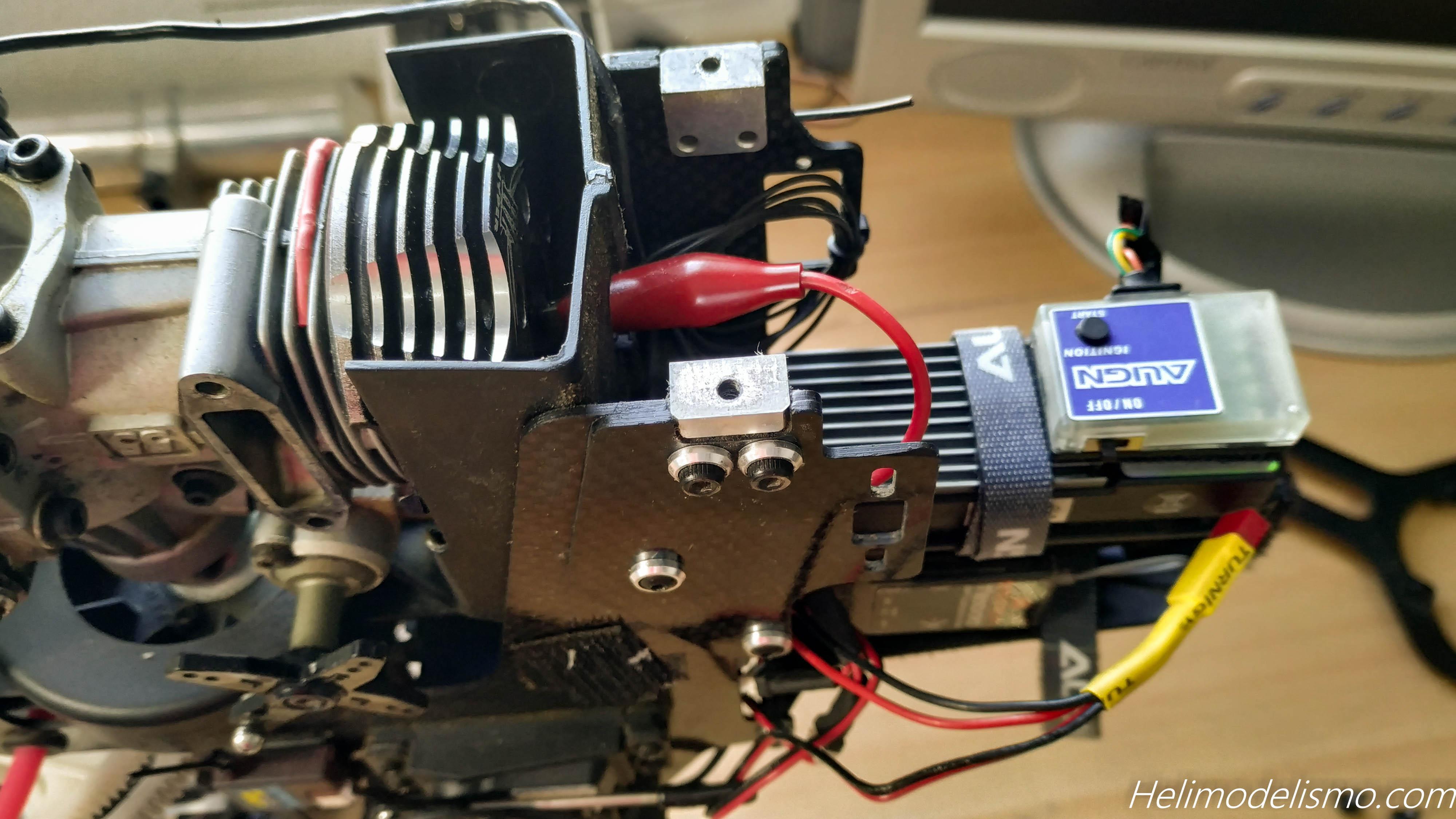 Motor nitro preparado para extraer de un Helicóptero rc